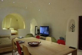 Cave house in Santorini- very cool